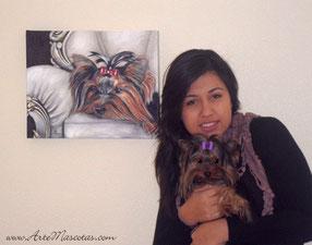 Luna con su cuadro y su ama.
