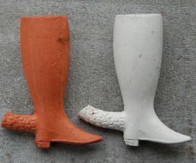 Twee laarsjes, gevonden in Gouda