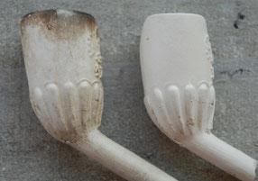 Twee knorren- of lobben pijpjes met IHD