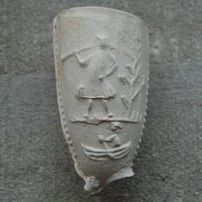 Afbeelding man met trompet en merk Man in de Boot, ca 1740-1760, Gouda