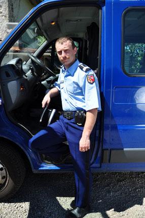 Gendarme ( ancienne tenue )