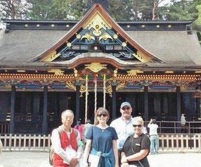 海外からの家族を仙台市内の観光に案内。伊達3名所の一つ「国宝 大崎八幡宮」にて。