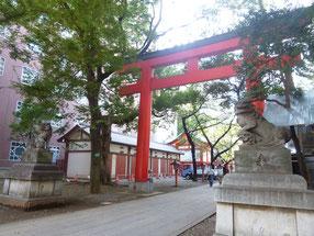 花園神社です
