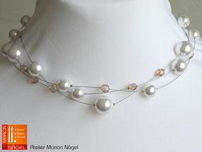Halskette mit weißen Wachsperlen und braunen Glasperlen