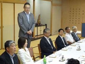 懇親会に駆けつけて頂いた小川勝也参議院議員