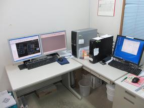 CAD/CAMシステムルーム