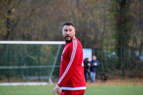 Eddy Örün sieht rot. Foto: Mathias Reß