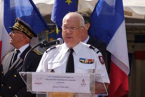 Le Capitaine Hubert Degremont est natif de Saint-Quentin dans le département de l'Aisne.