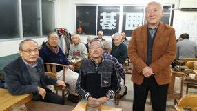 前列中央が村川大介元王座のお父様 お客様と記念撮影