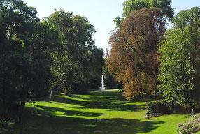 Jardins du palais de l'Elysée. Source Wikimedia Commons