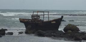 漂着した幽霊船