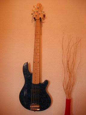 Lakland Skyline 55-01 LE, Indonesien/USA, 2011