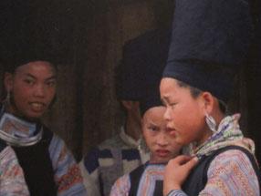 Mädchen des Hmong Bergstammes in Sa Pa