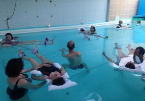 aquaflow, watsu, relaxation aquatique, détente, massage, bien être, eau chaude, piscine, fybromialgie, femme enceinte, grossesse, futur maman, sage femme, sophrologie, janzu, régression, cadeau