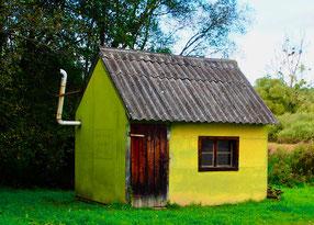 eine einsame Waldarbeiter-Hütte