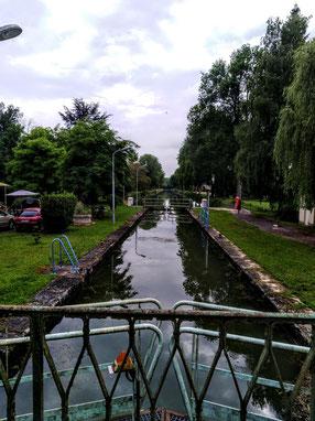 Écluse à Froncles, sur le Canal Entre Champagne et Bourgogne