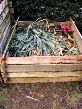 Komposthaufen im Garten kompostieren NABU Düren
