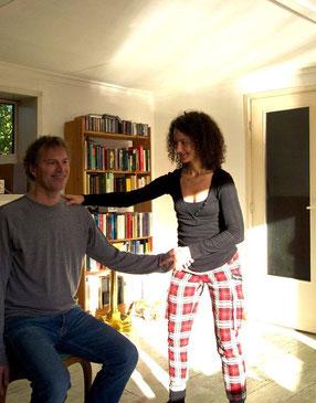Verspannungen loslassen mit Alexander Technik bei Anna Schweizer