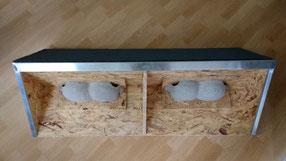 Prototyp der Nisthilfen, die Immeo in Grünau anbringen will. Foto: NABU Leipzig