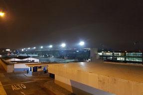 Flughafen Guatemala Stadt - Blick vom Parkdeck nach links.