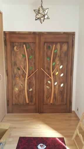 木のドア 室内ドア 木製玄関ドア 店舗 施工例 オリジナル 個性的