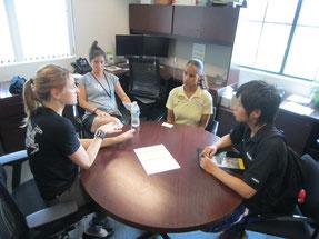 語学研修プログラムに関する説明会にはサッカー部コーチ陣も参加して下さいました