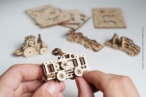 Schlüsselanhänger, Holzpuzzle, Baumschmuck