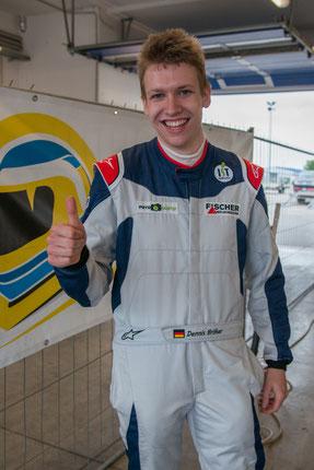 Dennis Bröker Rennfahrer aus Bad Salzuflen Sponsorpartner FOTOGUSTO, FISCHER Mess- und Regeltechnik, IST-Fahrschule, Sandtler