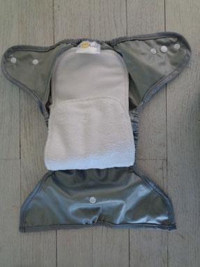 culotte de protection imperméable lookidz pour couche lavable te2 et son insert micropolaire et microfibre
