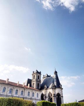 Vue sur l'abbatiale Saint-Michel © G. FILLION