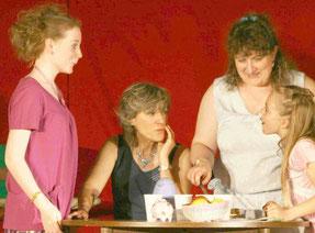 Sketch  théâtre comique Adultes Femmes et Adolescente et Enfant Filles Ma tata d'amour