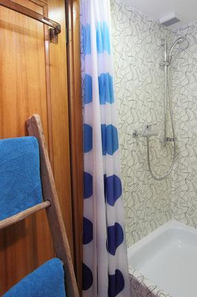 Ferienwohnung Chalet Birkhahn Grindelwald - Dusche im Obergeschoss