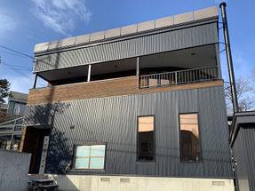 外壁ガルバリウム鋼板塗装 施工完了