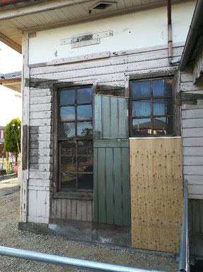 京終駅 駅舎外壁工事中