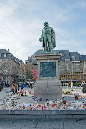 In Gedenken an die Opfer des Terroranschlags der IS in Paris im November 2015!