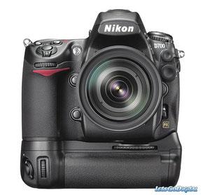 Jetzt: Nikon D 700