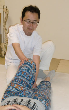 しんそう福井武生では、手足のバランスから身体の歪みをを分析、調整し、腰痛、肩こり、不妊、座骨神経痛なども改善します。