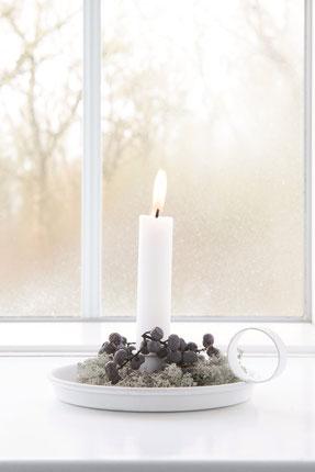 Die Dunkelheit des Winters wird durch ein kleine Licht der Hoffnung erhellt.. shabby Weihnachtsdekoration by Ib Laursen in der Sternschnuppe home & garden