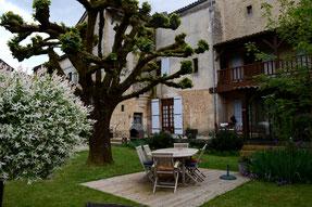 Ver en el porche de casa de turismo rural Ancienne Gendarmerie