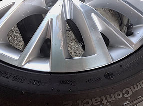 VWシャラン 純正ホイールの傷 ポリッシュ塗装修理