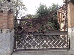 dragon redoutable et dissuasif