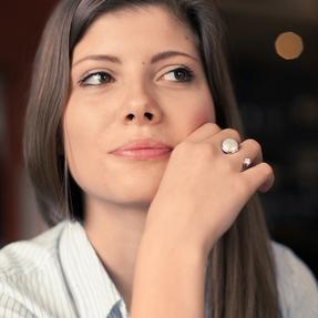 collec, Franziska Aeschimann Fingerring offen, Silber Perlen oder Steine