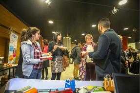 Avec E2C et Fribr'Ethik, Agisens était présente au village solidaire de l'Atelier RSE INNOVATION EDF