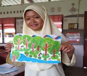 「子供の森」計画で開催した生物多様性をテーマにした国際ポスターコンテストも 2 校から児童・生徒が参加