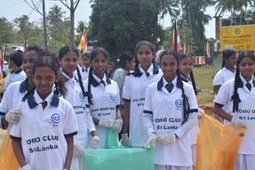 国際イベントでの清掃活動では、他の学校の子どもたちとも仲良くなれました