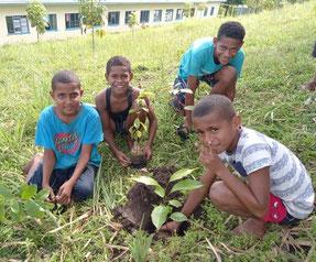 久しぶりの課外活動に、子どもたちも自然と笑顔に