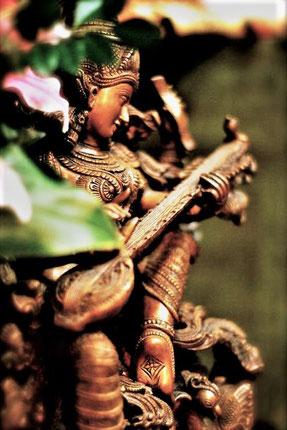 Sarasvati, diosa del conocimiento y las artes