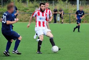 Am Ball für den OSV: Esmin Sejdi. Foto: Mathias Merk
