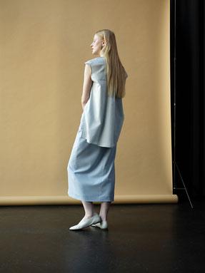 MIOMARTHA-sustainable-womens-skirt-light-blue-Editorial-SS20