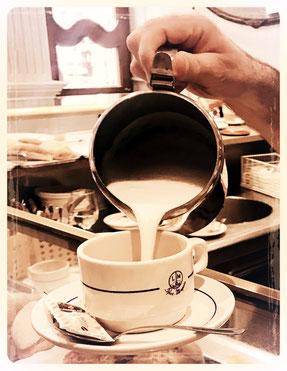 café-au-lait, coffee-lover, coffee-addict, lifestylette
